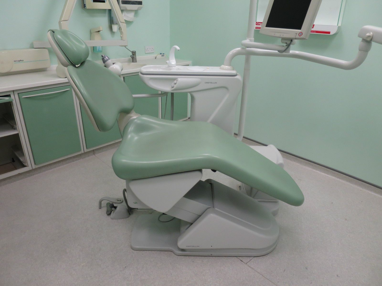 Thesi 2 Puma Dental Surgery Examination Chair Dentist Delivery Unit